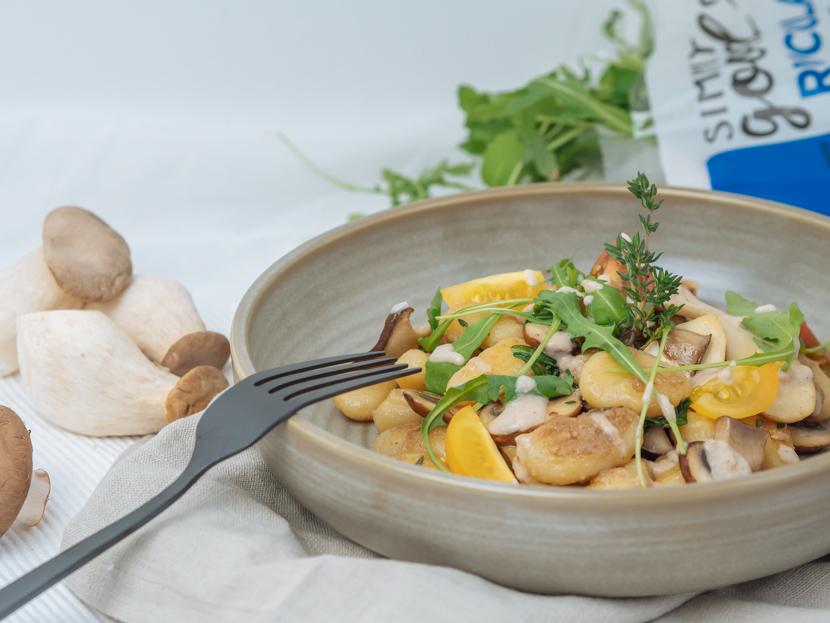 Gnocchi mit Walnusspesto und Pilzen* 7