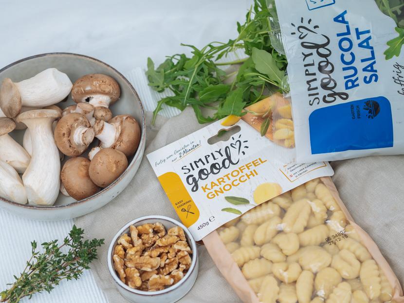 Gnocchi mit Walnusspesto und Pilzen* 2